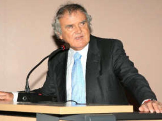 CALDO: IL GERIATRA GREZZANA, PER ANZIANI TANTA ACQUA, VERDURA E PASSEGGIATE