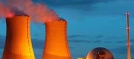 IRAN: PER LA CINA SITI NUCLEARI APERTI