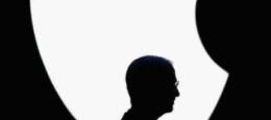 DIPENDENTI 'AVVELENATI' SCRIVONO A STEVE JOBS
