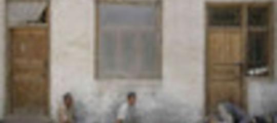 SALGONO A 20 LE VITTIME  DEGLI SCONTRI DI HOTAN