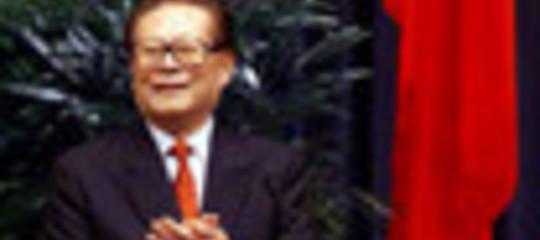 VOCI MORTE JIANG ZEMIN, DIMISSIONI VERTICI ASIA TV