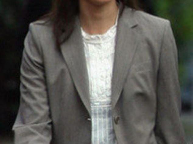 GB: SAMANTHA A DOWNING  STREET, PRIMA FIRST  LADY CON TATUAGGIO