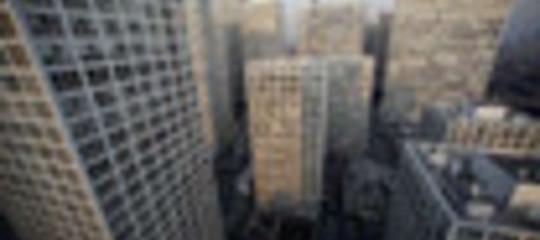Immobiliare, prezzi in calo  dello 0,3% a febbraio