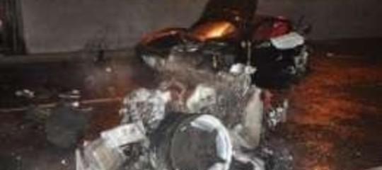 """Misterioso incidente stradale,  """"censurata"""" Ferrari sul web"""