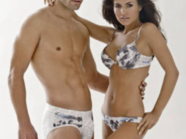 A LETTO COL PALLONE, 'LINGERIE' FIRMATA REAL MADRID