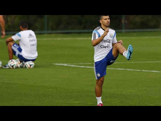 Football: Aguero likely to be ready to face Belgium