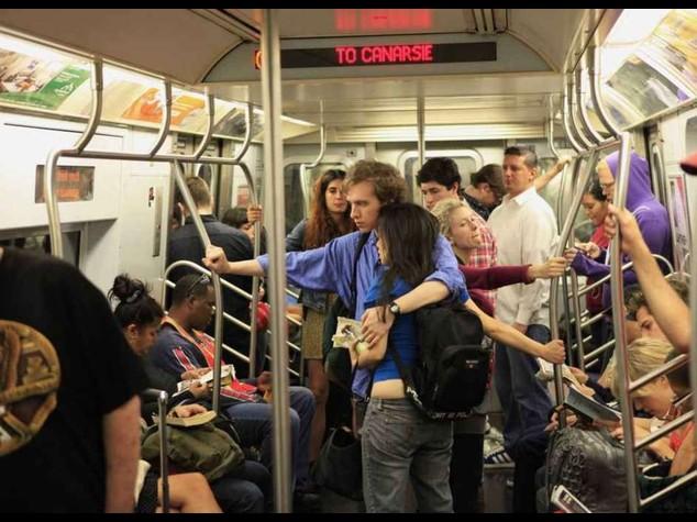 """""""I terroristi colpiranno le metro' di Parigi e New York"""""""