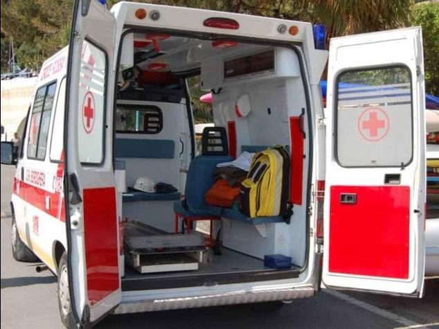 Salerno: morti quattro giovani  Travolti da auto a folle velocita'