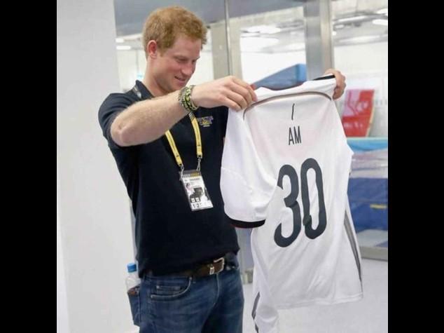 Gb: Harry fa 30 anni, festa sotto tono ma eredita 12, 5 mln Diana
