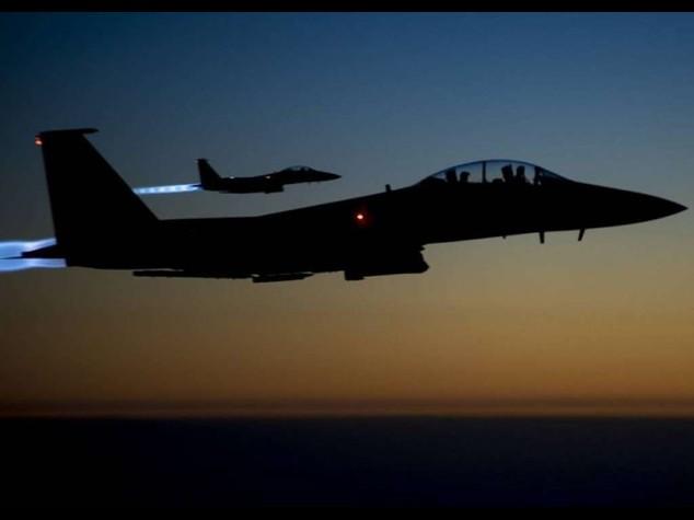Isis:Siria,notte di bombardamenti Colpita 18 volte zona di Raqqa