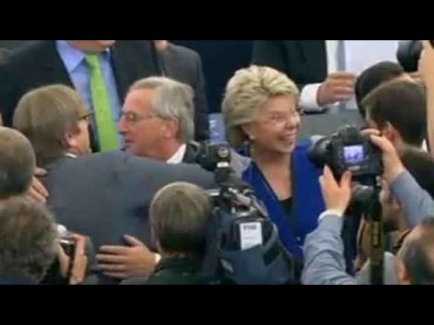 """Commissione Ue: Juncker nuovo presidente, """"300 mld per lavoro e crescita"""""""