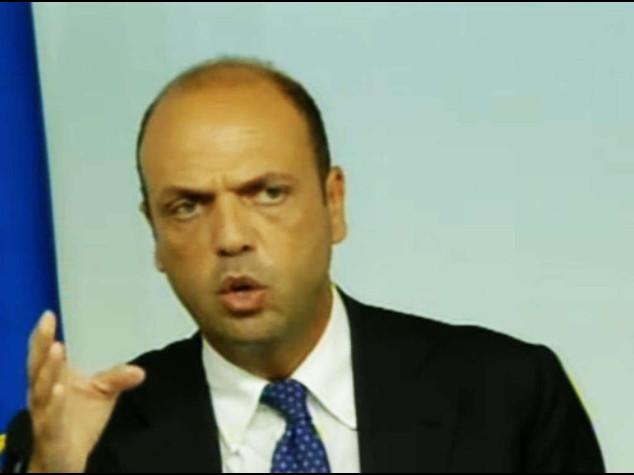 "Alfano, 48 jihadisti dall' Italia. ""Frontex aumenti capacita'"""