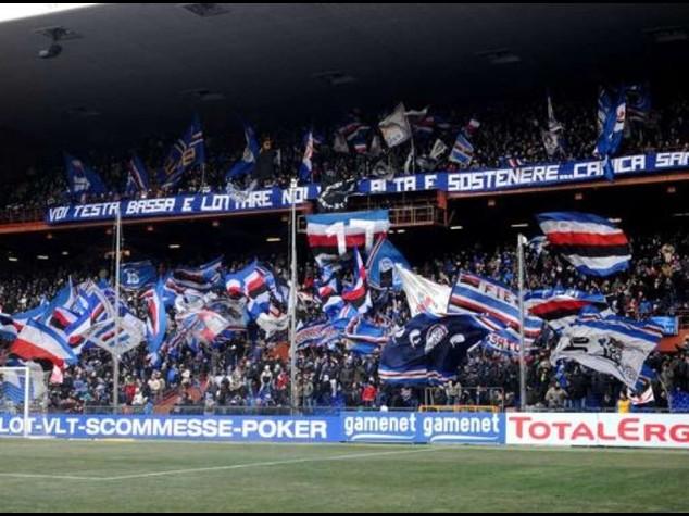 Gabbiadini decide il derby, Genoa-Samp 0-1. Tonfo Inter con il Cagliari