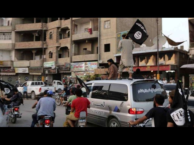 """Baghdadi agli jihadisti, """"conquisterete Roma e il mondo intero"""""""