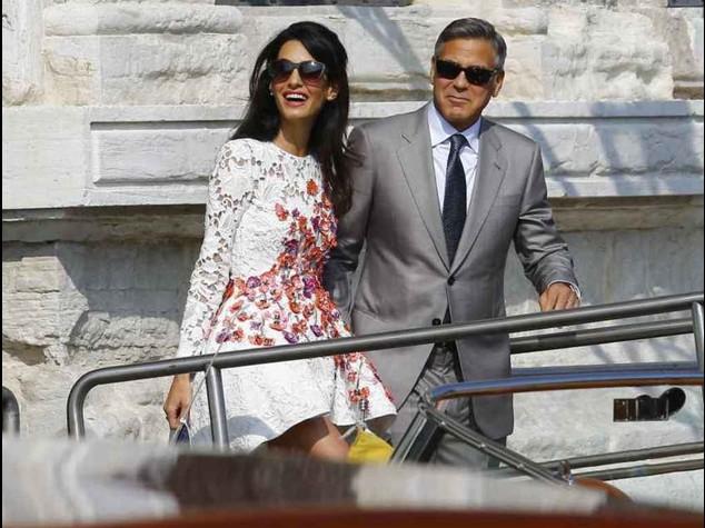 Clooney e Amal anticipano, Veltroni li ha gia' sposati - Video e Foto