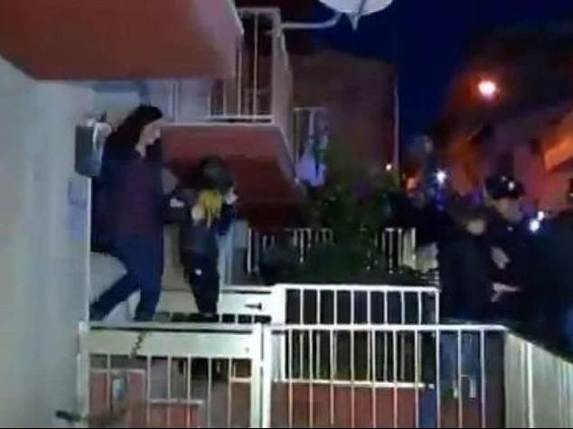Loris: madre da 4 ore in Procura Prelevata da casa con il marito