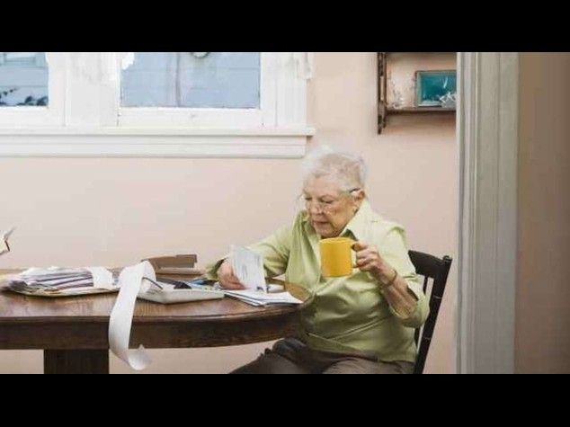 """Niente bonus ai pensionati: governo, """"non sfondiamo il 3% """""""