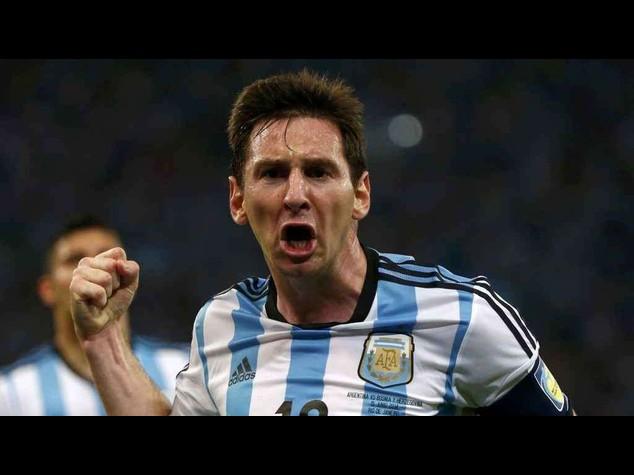"""Mondiali: Maradona punta su Messi, """"e' il numero uno al mondo"""""""