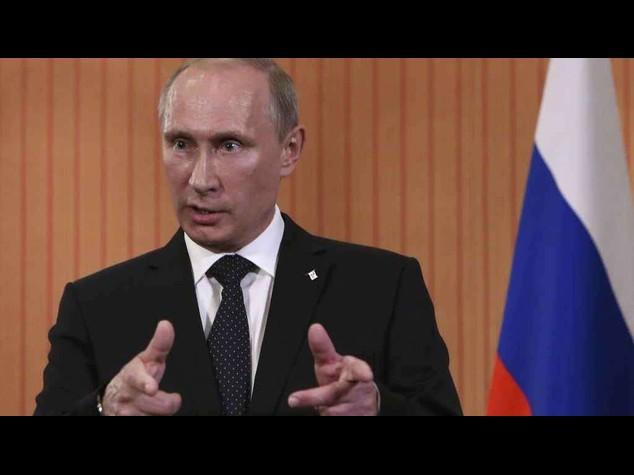 Russia: Putin, cyber spionaggio e' violazione dei diritti umani