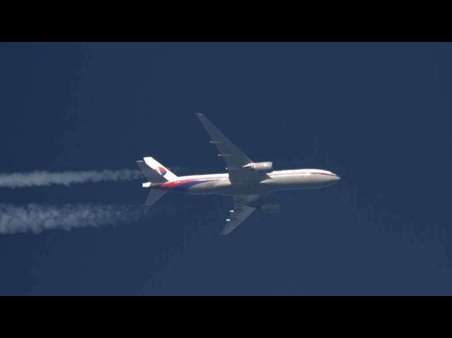 Ucraina: aereo abbattuto, scambio accuse Kiev-separatisti