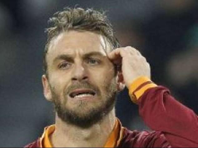 """Roma: tegola per De Rossi, """"lesione del soleo sinistro"""""""