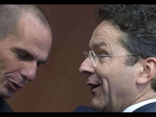 """L'Eurogruppo striglia Atene """"basta perdere tempo"""""""