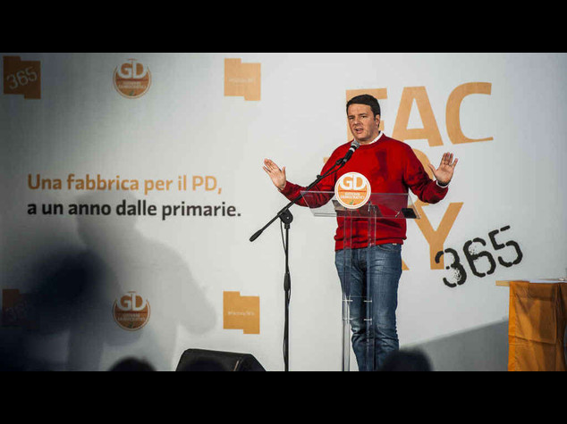 """Il premier punge Grillo, """"grazie a noi torna allo spettacolo..."""""""