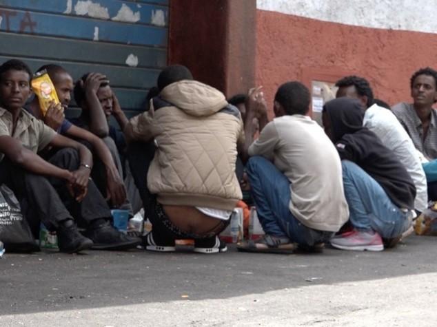 Immigrati, ecco il piano dell'Ue 40mila lasceranno Italia e Grecia