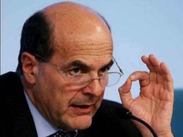 """Pd: il 'ritorno del giaguaro', Bersani """"al premier chiedo rispetto"""""""