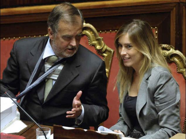 """Il governo non cede sulle riforme Boschi """"non e' svolta autoritaria"""""""