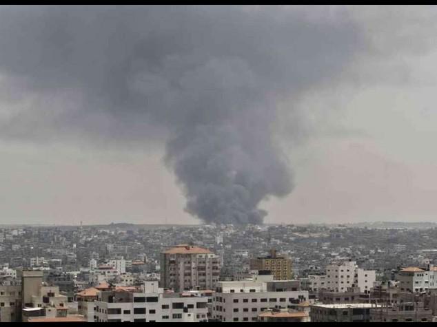 "Israele, avviso ai palestinesi ""Evacuate nord Gaza, maxi-raid"""