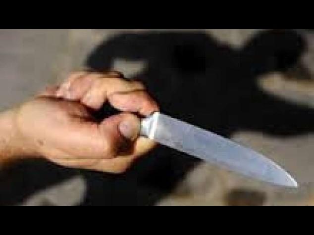Donna uccisa a coltellate dal figlio a Torino