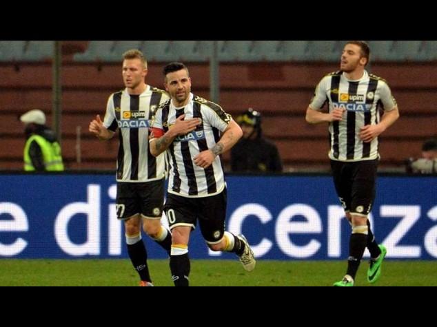 Udinese-Parma 4-2; poker della Lazio a Palermo