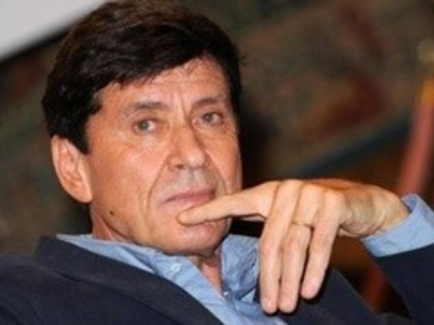 """MORANDI DIFENDE """"IO CONFESSO"""", IL BRANO DEI LA CRUS"""