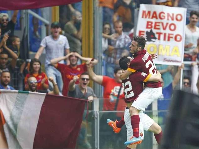 La Roma riaggancia la Juve; Male Napoli e Lazio. Palermo-Inter 1-1