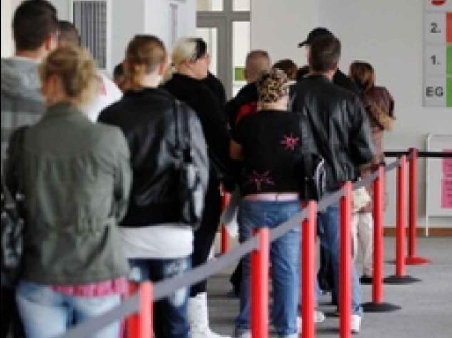 """Disoccupazione in calo al 12,6% Renzi, """"bene, ma non basta"""""""