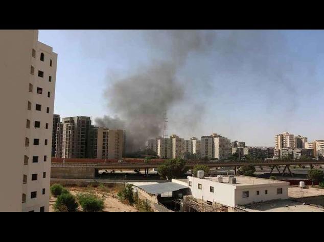 Islamist militias attack Tripoli airport