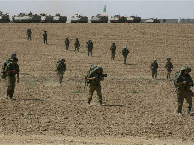 Israeli commandos make first ground incursion in Gaza