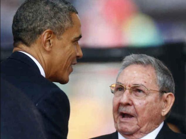 """Usa-Cuba, crolla il 'muro'. Obama """"embargo inutile"""""""