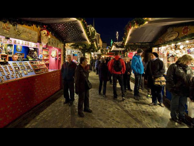 Natale: Coldiretti, per 12 mln italiani shopping nei mercatini