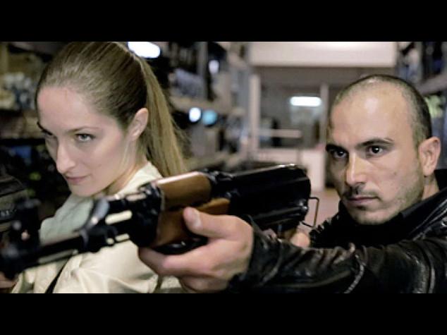 """Cinema: """"Non rubateci le armi del mestiere"""" corto contro le norme"""