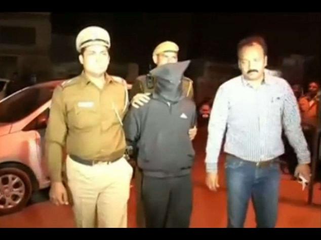 India: stupata in taxi, New Delhi mette al bando 'Uber' -