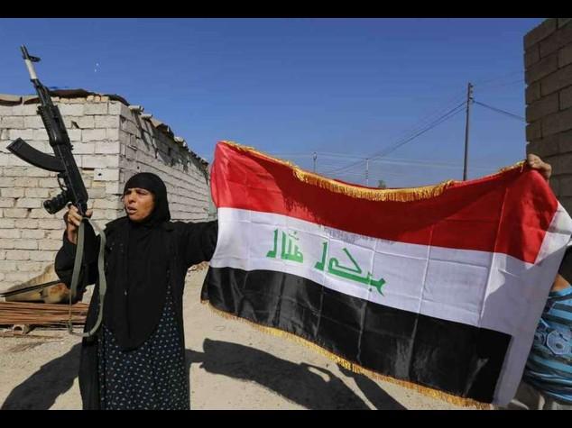Isis: avanza l'offensiva irachena, Baghdad si riprende Tikrit