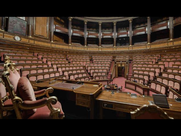 Riforme: 'diluvio' di emendamenti, 6000 solo da Sel. Giovedi' incontro M5S-Pd