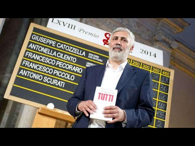 Francesco Piccolo, dal David di Donatello al Premio Strega 2014 - Video