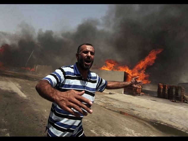 Abu Mazen chiede tutela all'Onu Ancora razzi e raid, 166 morti
