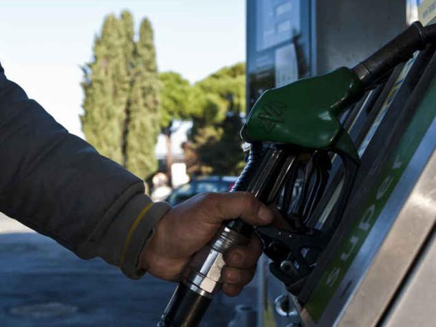 Carburanti: Figisc Confcommercio, ci sono condizioni per il calo dei prezzi