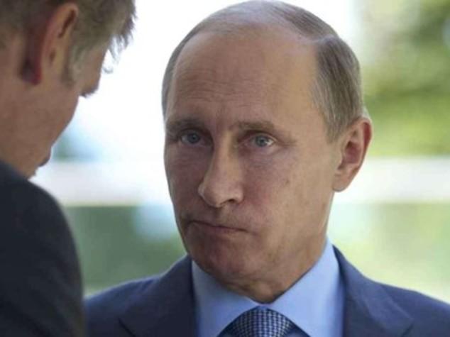 """Putin minaccia, """"se attaccati spegneremo internet"""""""