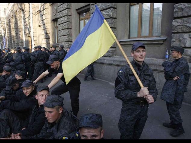 Kiev: stop ai combattimenti ma se ci attaccano risponderemo