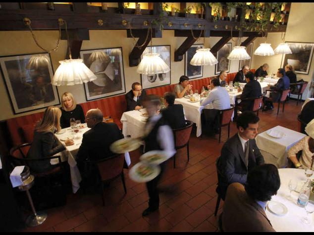 Ue: da sabato etichette alimentari obbligatorie nei ristoranti